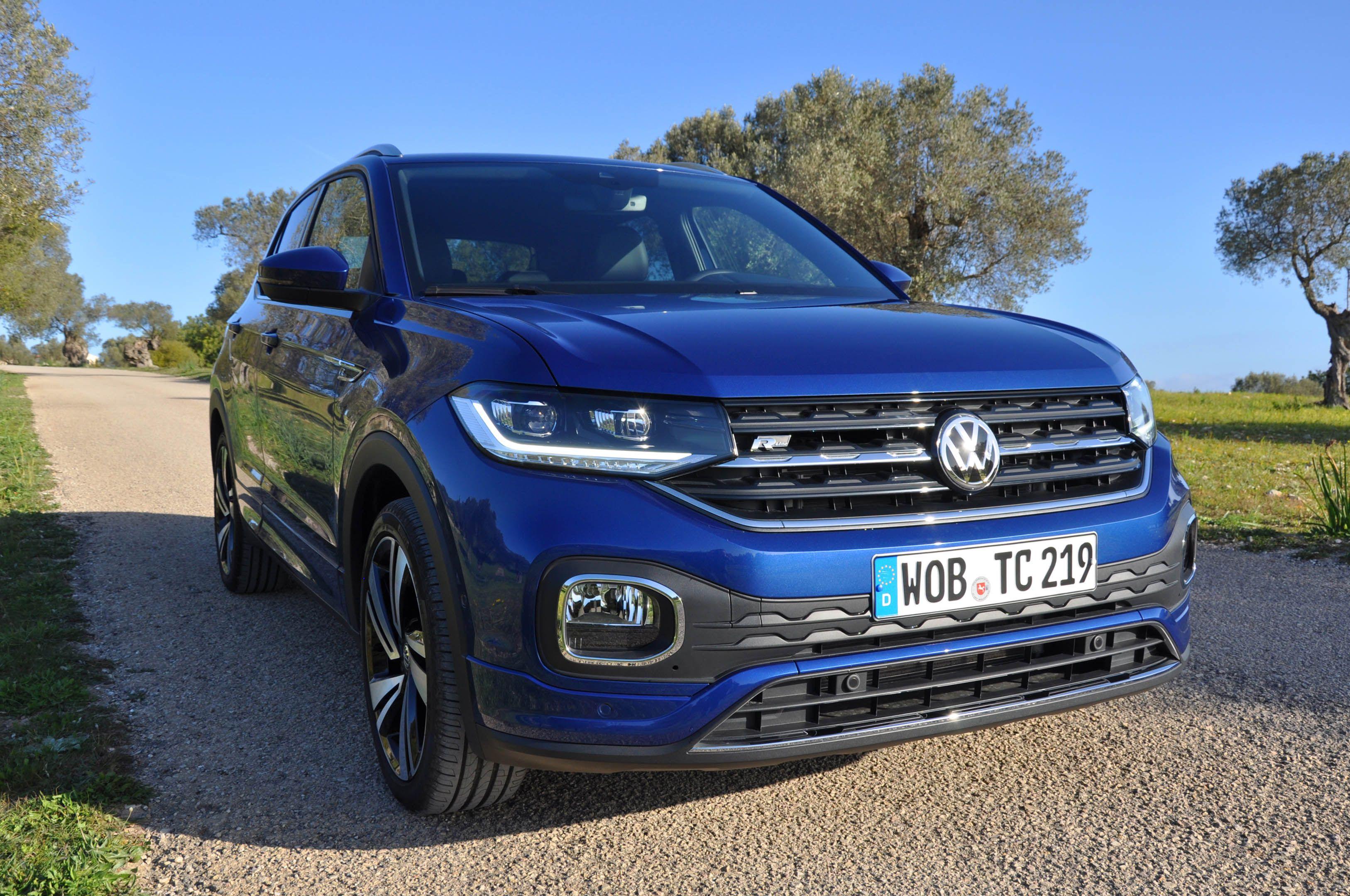Volkswagen t cross 2019 la prova su strada del nuovo for Citta tedesca nota per le fabbriche di auto