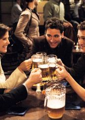Weekend Nostalgia: 10 momenti leggendari di How I Met Your Mother