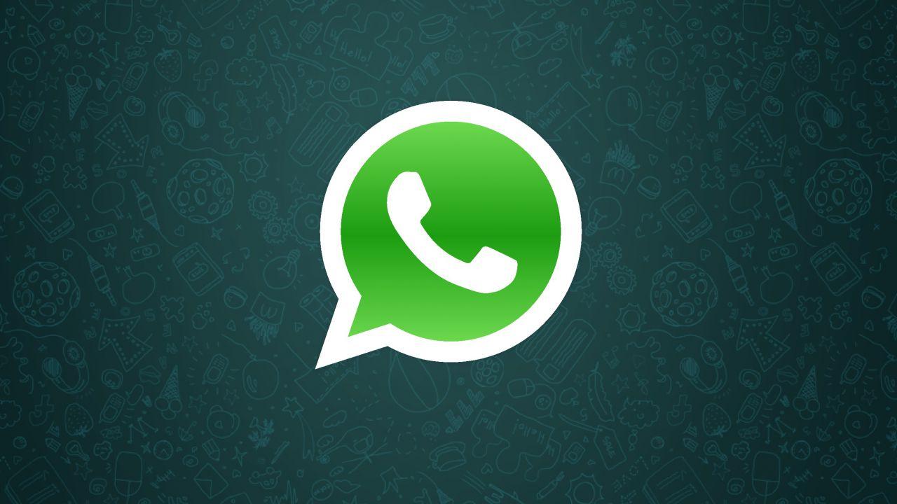 speciale WhatsApp: Il divieto ai minori servirà davvero?