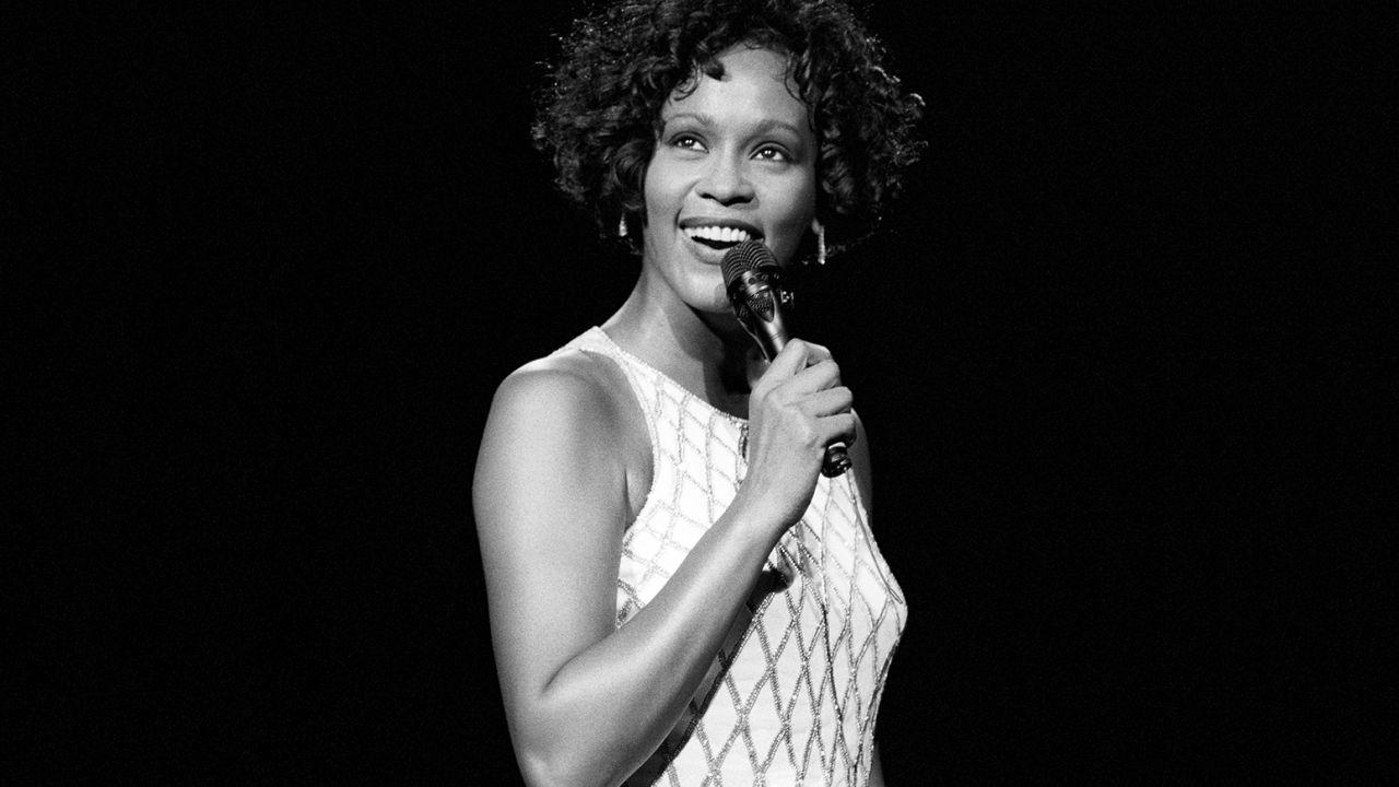 Whitney, la recensione del documentario sulla diva americana