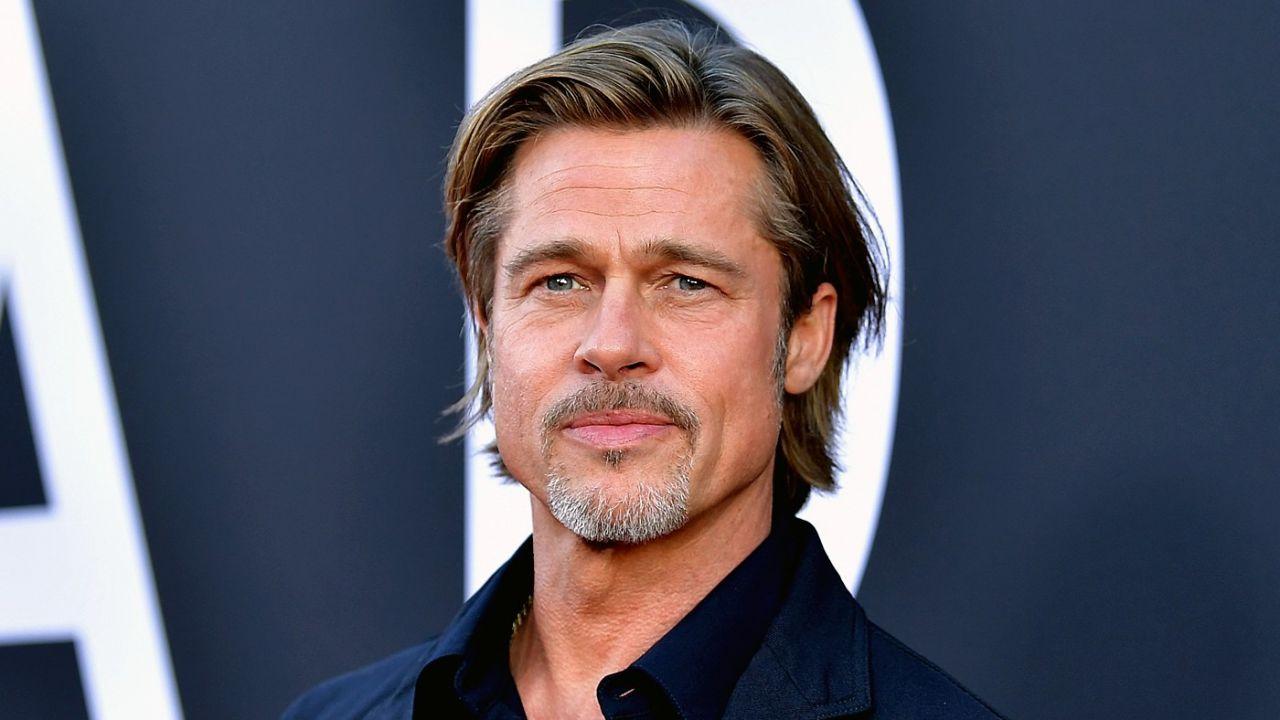 Brad Pitt ubriaco a Berlino.