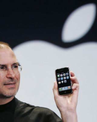 iPhone: la storia