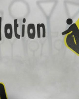 Sign Motion