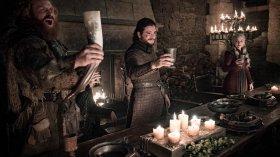 David Nutter parla dell'errore della Tazza di Starbuck in Game of Thrones 8x04
