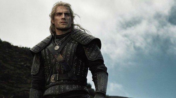 Geralt in sella a Rutilia nella nuova foto ufficiale della serie Netflix The Witcher