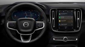 Il nuovo Android Automotive OS a bordo del Volvo CX40 elettrico: le foto