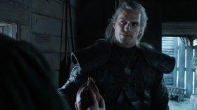 The Witcher: Henry Cavill spiega cos'è un Witcher e il suo ruolo