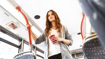 Video a londra gli autobus viaggiano a caffè grazie ad un nuovo carburante