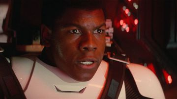 Video star wars: gli ultimi jedi: in una sala imax mancava l'audio, spettatori in rivolta!video