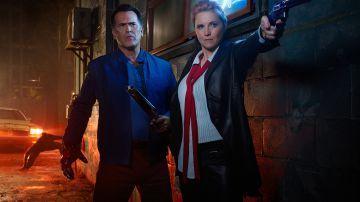 Video ash vs evil dead: bruce campbell nel trailer e nel poster della terza stagione