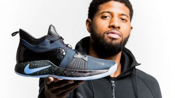 Video playstation e la star dell'nba paul george annunciano le nike pg-2 playstation colorway