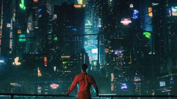 Video altered carbon: è online la nuova featurette 'l'amore è una strana magia nera'