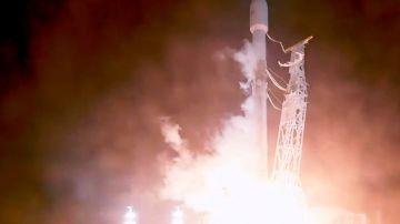 Video video: elon musk lancia nello spazio i satelliti per la banda ultralarga
