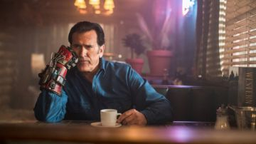 Video il futuro di ash secondo bruce campbell se ash vs evil dead venisse cancellato