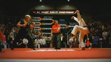 Video cobra kai, ecco l'emozionante trailer: la grande rivalità di karate kid continua!