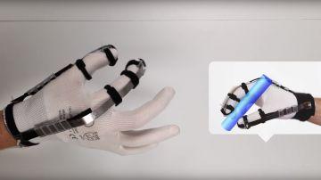 Video dextres: il guanto che permette di 'afferrare' oggetti che non ci sono