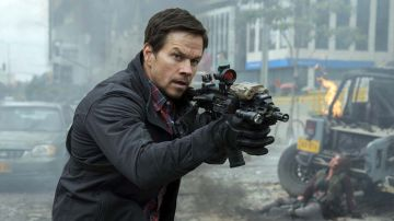 Video red zone - 22 miglia di fuoco: trailer italiano per l'action con mark wahlberg
