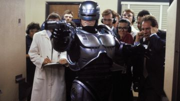 Video robodoc: the creation of robocop, online il trailer del documentario