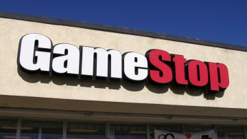 Video gamestop devastato negli usa: il cliente pretendeva un cambio senza scontrino