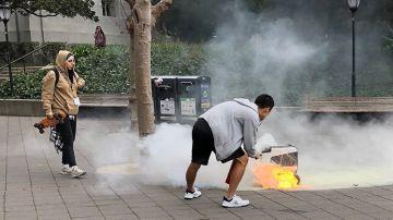 Video il robot delle consegne prende fuoco da solo in california: scoppia la polemica