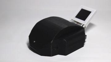 Video uno youtuber è riuscito ad integrare un pc (con tastiera) in un mouse stampato in 3d