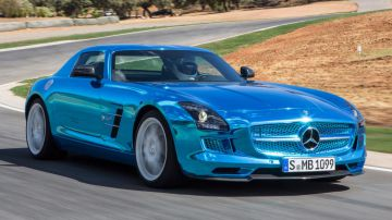 Video guarda una mercedes sls amg da 1025hp fare i 318km/h in autostrada