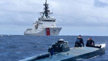Video il video di una motovedetta americana all'inseguimento di un sottomarino dei narcos
