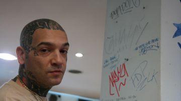 Video il rapper vacca svela i 'segreti' del mercato musicale: 'budget impossibili in major'