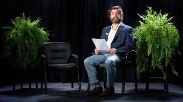 Video il trailer di between two ferns: il film presenta i nuovi ospiti di zach galifianakis