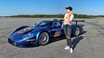Video supercar blondie ci porta dentro una rarissima maserati mc12 da 3,5 milioni di euro