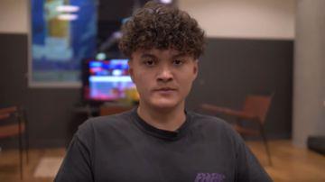 Video dopo il ban da fortnite, jarvis lascia la california e torna dalla sua famiglia in europa