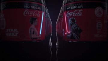 Video coca-cola lancia le bottiglie di star wars con oled flessibile!
