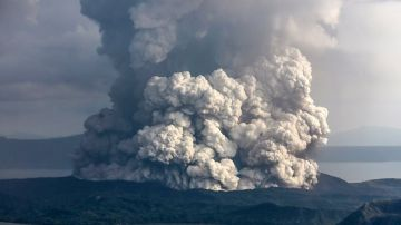 Video ecco come appare l'eruzione del vulcano delle filippine nello spazio