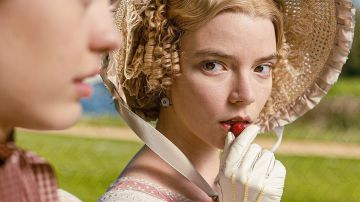 Video emma, trailer e character poster del film con anya taylor-joy