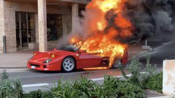Video una ferrari f40 divorata delle fiamme a monte carlo: il video