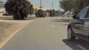 Video tesla model 3 buttata volontariamente fuori strada da una bmw x5: il video