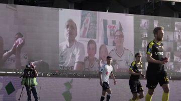 Video in danimarca una squadra di calcio ha usato zoom per far tornare i tifosi allo stadio