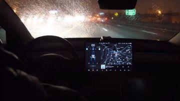 Video sbagliato gestire tutto tramite touch screen in auto? parla un possessore tesla