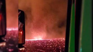 Video ecco il video del terrificante 'tornado di fuoco' formatosi in california