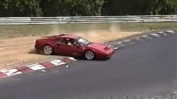 Video 20 anni di incidenti al nurburgring raccolti in un solo video