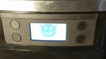 Video ricercatore hackera macchina da caffè, che diventa una 'macchina infernale'