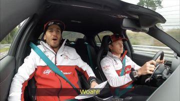 Video raikkonen terrorizza giovinazzi a bordo della nuova alfa romeo giulia quadrifoglio