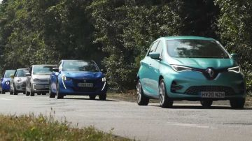 Video cosa succede se si guida un'auto elettrica fino ad esaurirne la batteria?