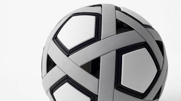 Video un pallone in formato puzzle: la risposta di nendo per i paesi in via di sviluppo