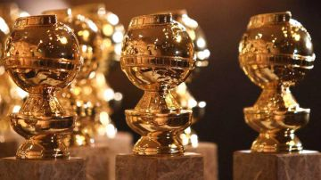 Video golden globes 2021, l'insolita reazione di david fincher alla sconfitta diverte il web