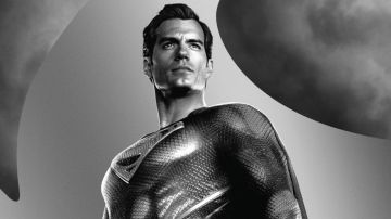 Video justice league, il trailer dedicato a superman: guardate henry cavill con il costume nero!