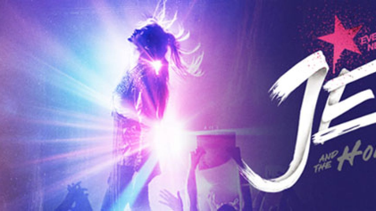 [UPDATE] Jem and the Holograms: online il poster ufficiale ed il primo trailer