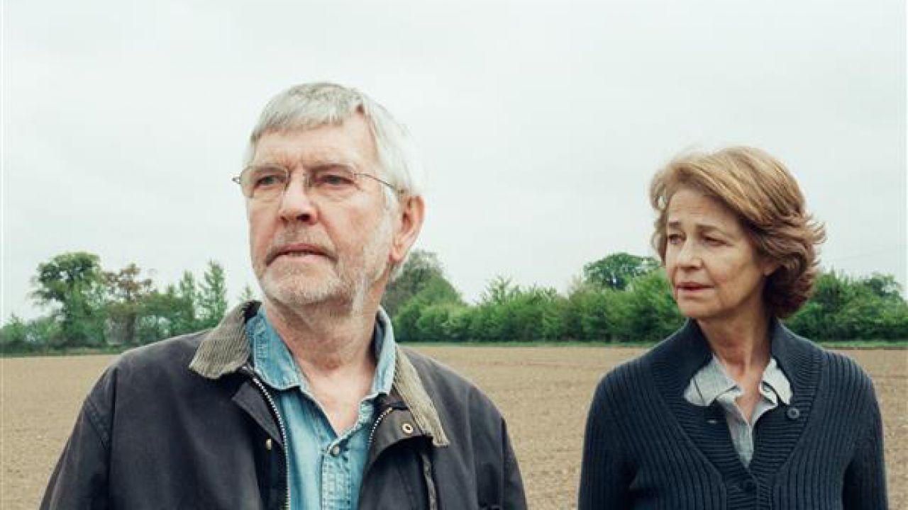 45 anni: foto e poster italiano del film di Andrew Haigh con Charlotte Rampling e Tom Courtenay