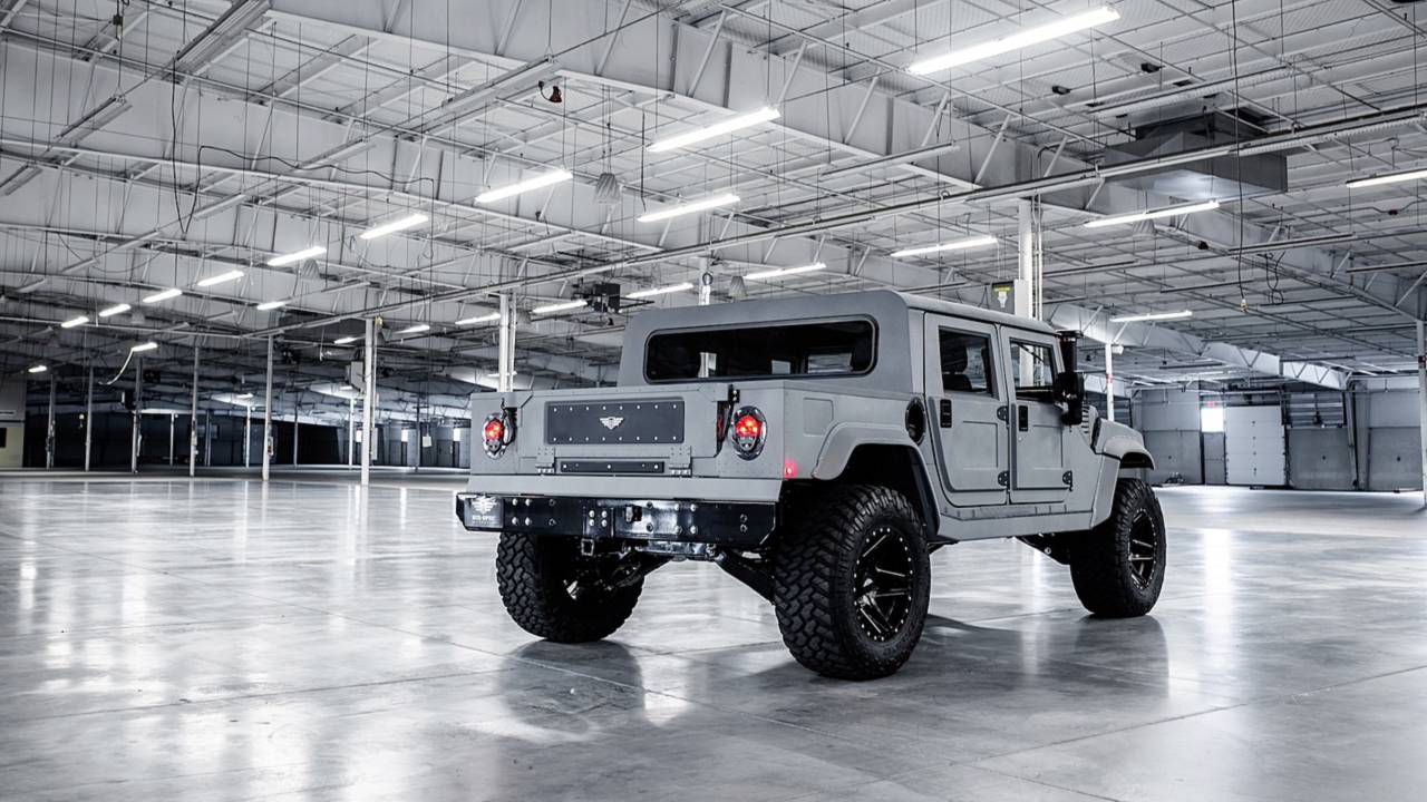 A sorpresa arriva l'Hummer elettrico: sarà l'anti Tesla Cybertruck?