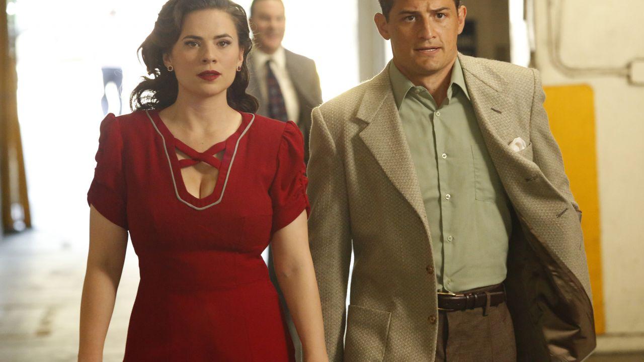Agent Carter 2: primo sneak peek da 'The Atomic Job'